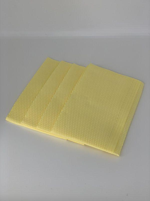 Салфетки для пациента стоматологические желтые,