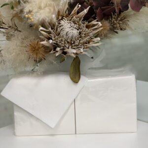 белые салфетки